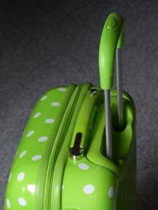 wheeled-bags-143413_640