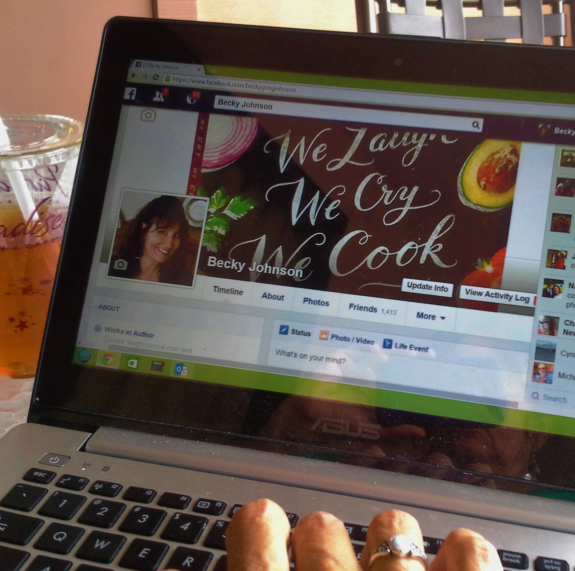 12 Reasons for Writers to Love Facebook