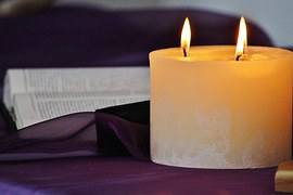 candle-535149__180